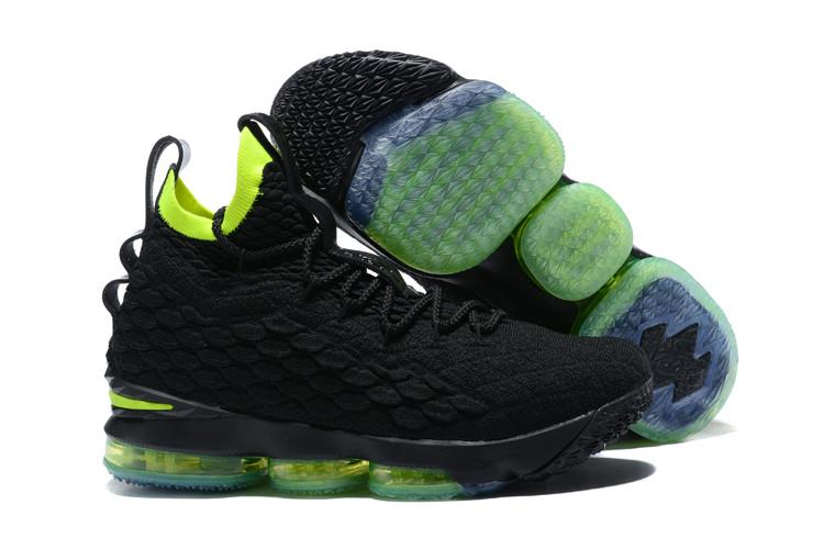 """Баскетбольные кроссовки Nike LeBron XV (15) """"Black/Volt"""" (40-46)"""