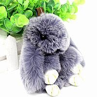 Зайчик-брелок из натурального меха 14.5х8 см серо-голубой с белым отливом