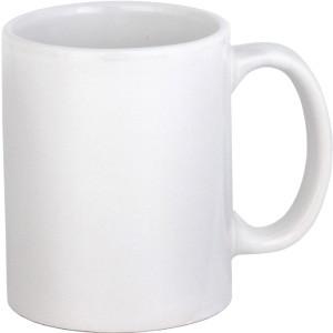 Кружка керамическая белая.