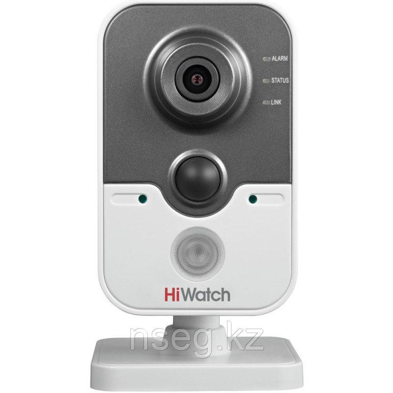 HiWatch DS-I114 1Мп внутренняя кубическая IP камера с ИК-подсветкой до 10м