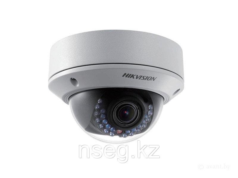 HIKVISION DS-2CD2742FWD-I 4Мп купольная IP камера с ИК-подсветкой до 20м.