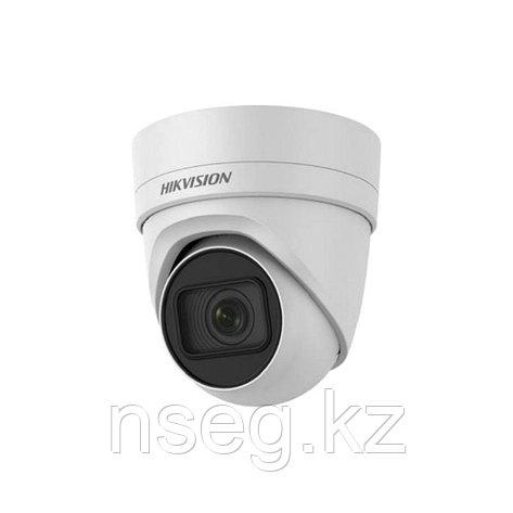 HIKVISION DS-2CD2H55FWD-IZ купольная IP камера, фото 2