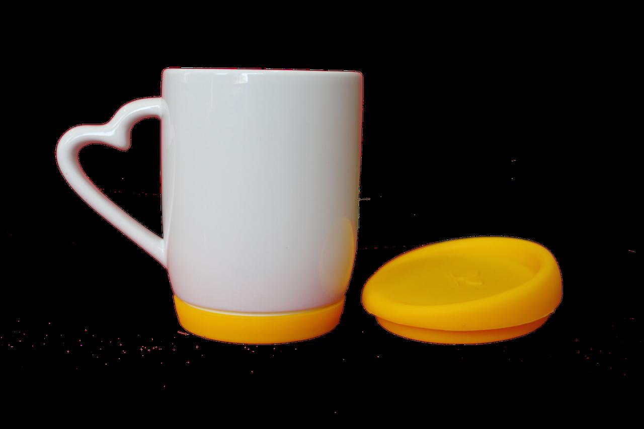 Кружка белая силиконовая крышка и дно желтая