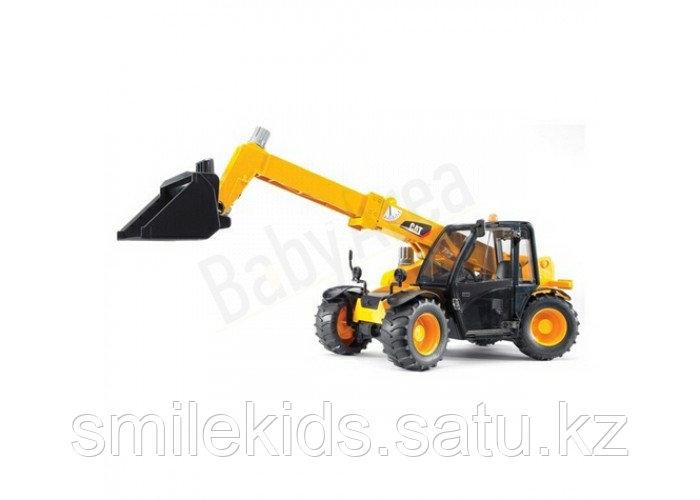 Трактор CAT с телескопическим ковшом с аксессуарами
