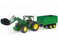 Трактор John Deere 7930 с погрузчиком и прицепом