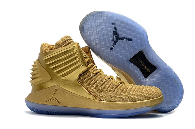 """Баскетбольные кроссовки Air Jordan XXXII (32) """"Metallic Gold"""" (40-46)"""