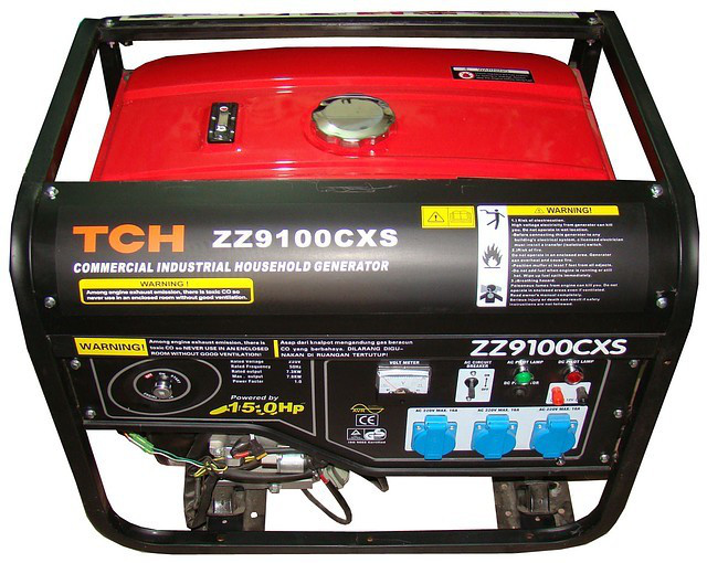 Бензиновый генератор 7 кВт/220В