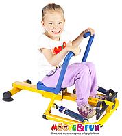 Детский гребной тренажер с двумя рукоятками