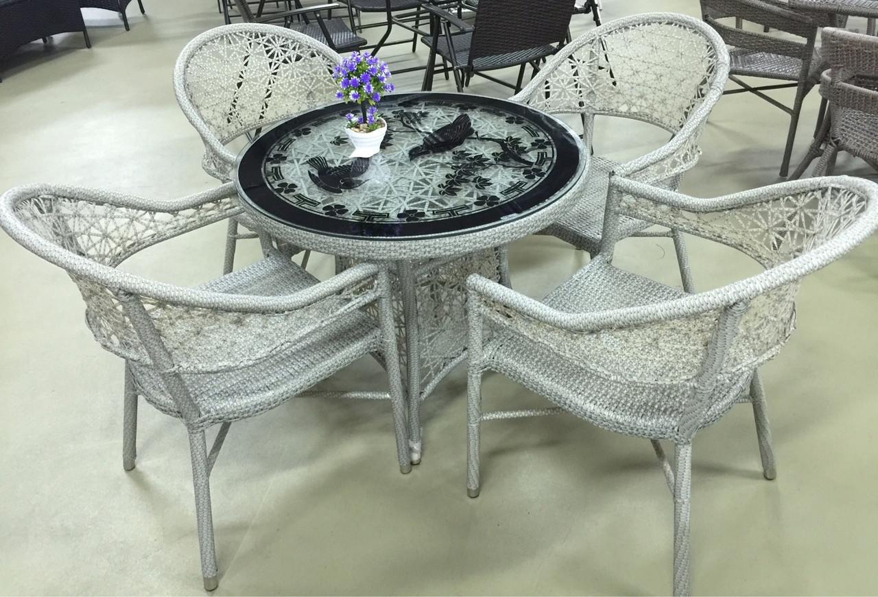 Комплект стол со стульями из искусственного ротанга