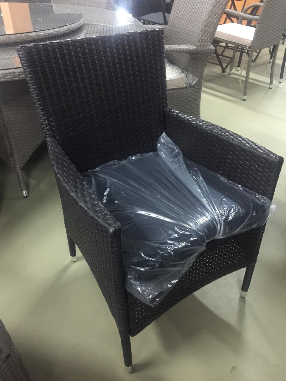 Кресло искусственный ротанг
