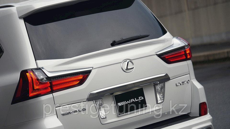 Спойлер под стекло WALD LX570 2015- по н.в