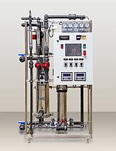Установка обратного осмоса с насосом (до  1 м3/ч ) AWT RO-1/8040