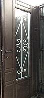 Дверь металлическая двустворчатая с окном