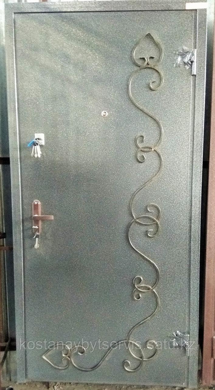 Дверь металлическая утепленная Полимерное покрытие с ажурным узором, МДФ накладка 8мм