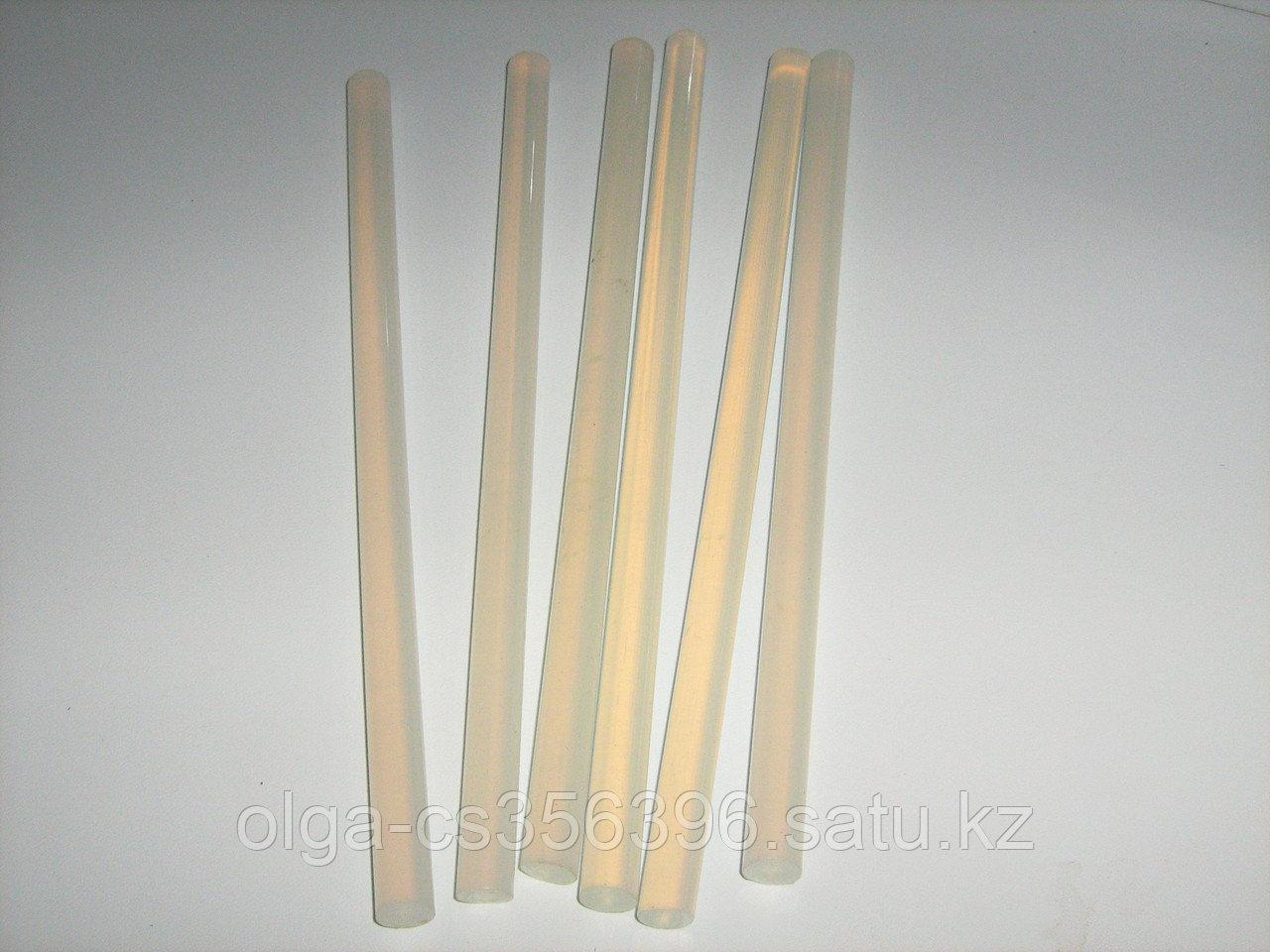 Термоклей. (Китай) 7 мм * 200 мм Creativ  1797
