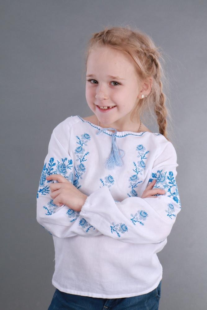 Вышитая сорочка для девочки (голубая вышивка) - фото 3