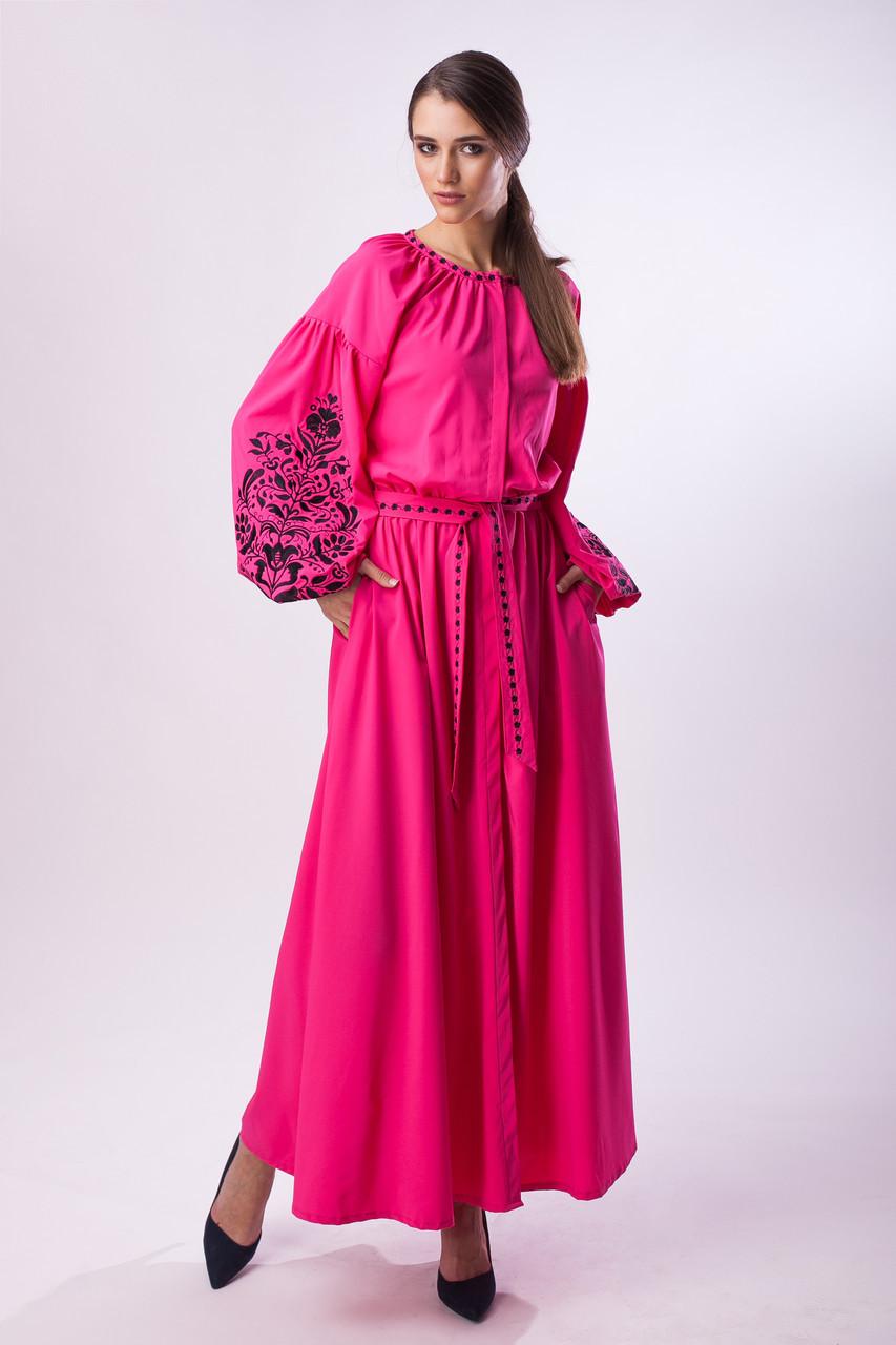 Длинное розовое платье с черной вышивкой Дерево Жизни - фото 1