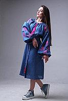 """Вышитое платье цвета индиго с бирюзово-розовой вышивкой """"Роза Украины"""""""