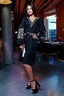 Черное платье с бежевой вышивкой