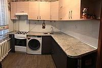 Кухонный гарнитур на доводчиках