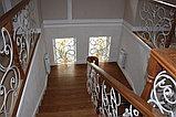 Светлая лестница в современном стиле, фото 5