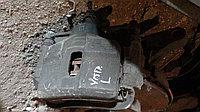 Тормозной суппорт Toyota Vista левый передний