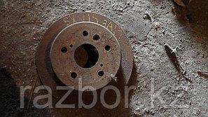Тормозной диск Toyota Scepter задний левый/правый