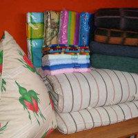 Постельные комплекты для рабочих (матрасы, подушки, одеяло, постельное белье)