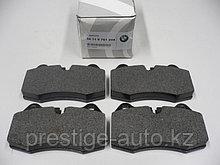 Оригинальные, передние, тормозные колодки на BMW 7 E38