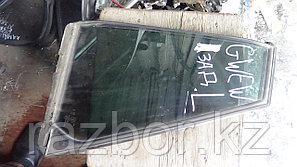 Форточка Mazda Capella/626 левая задняя