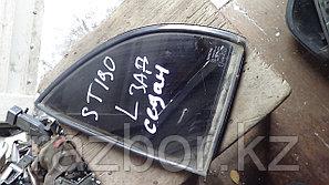 Форточка Toyota Corona левая задняя