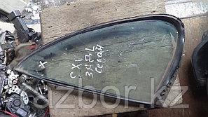 Форточка Toyota Scepter левая задняя