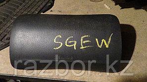 Крышка подушки безопасности Mazda Bongo Friendie