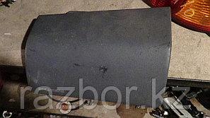 Крышка подушки безопасности Toyota Hilux Surf (KZN185)