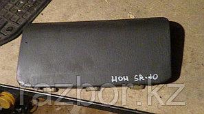 Крышка подушки безопасности Toyota Noah