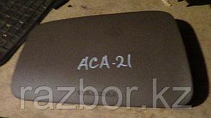 Крышка подушки безопасности Toyota RAV4 (ACA21)