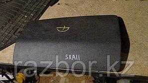 Крышка подушки безопасности Toyota RAV4 (SXA11)