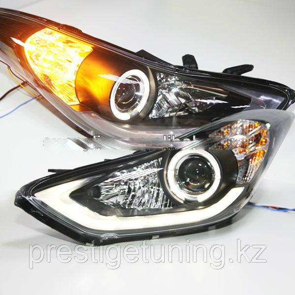Передние фары Elanrta Type 1 2012-2013
