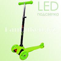 Детский самокат трехколесный с LED подсветкой колес (зеленый)