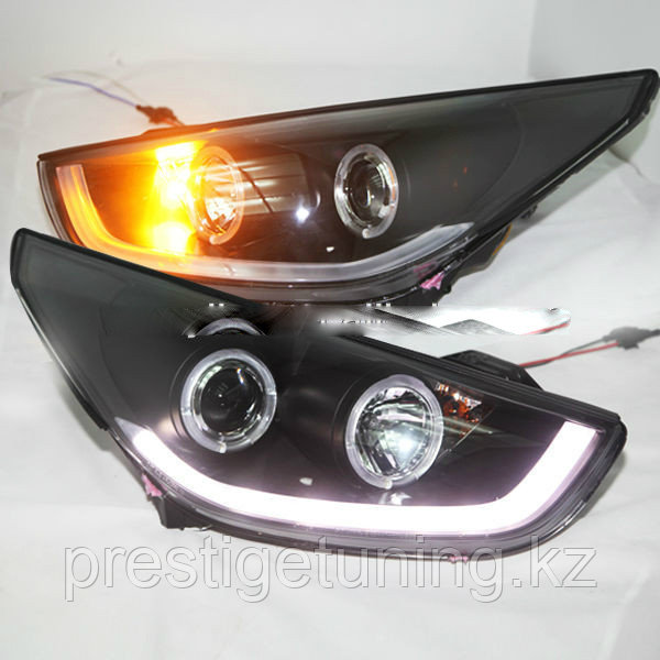 Передние фары Tucson IX35 LED Head Lamp Angel Eyes 09-13