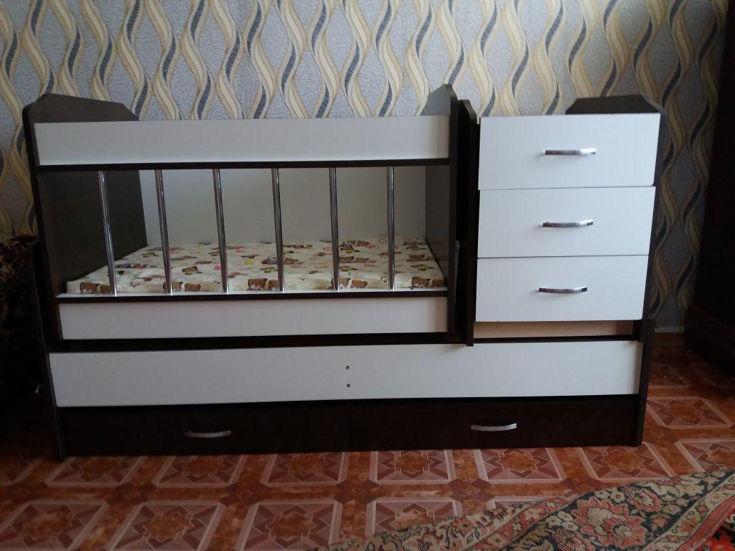 Кровать манеж детская трансформер с маятником в подарок матрац