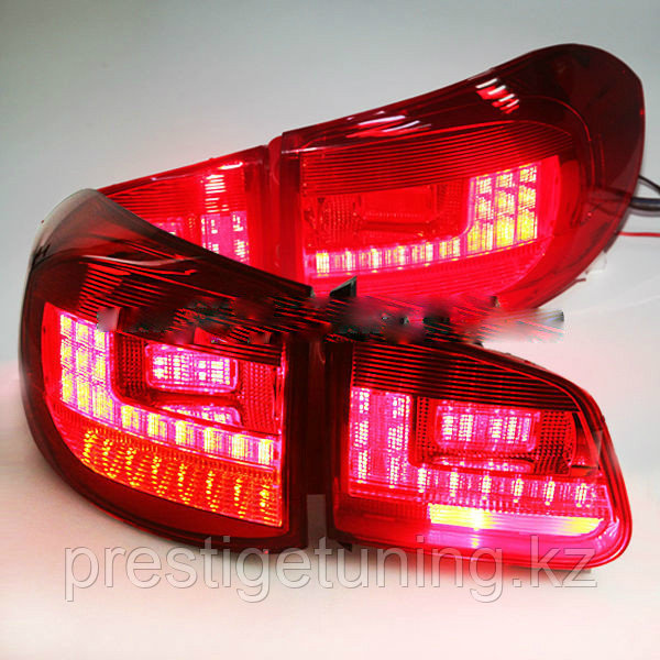 Задние фары Tiguan Red Color 2009-11