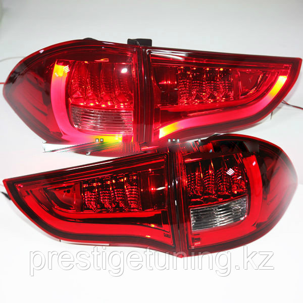 Задние фары Pajero Sport Red Color 2010-13