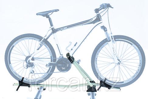 Багажник для перевозки велосипеда на крыше Peruzzo  Monza (Италия), фото 2