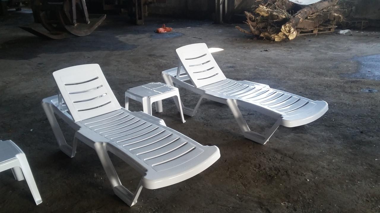 Столики пластиковые, пляжные для бассейна - фото 3