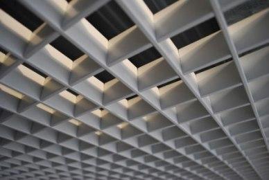 Грильято потолок  100х100 (серый)