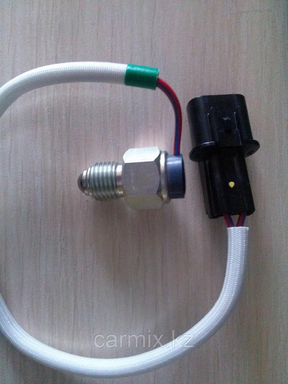 Датчик лампы полного привода Mitsubishi L200 KB4T