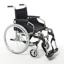 Кресло-коляска механическая с приводом от обода колеса V200              Арт. RX15373