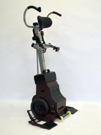 Лестничный электрический подъемник для инвалидов Пума УНИ 160 (ступенькоход) под инвалидное кресло любой конструкции
