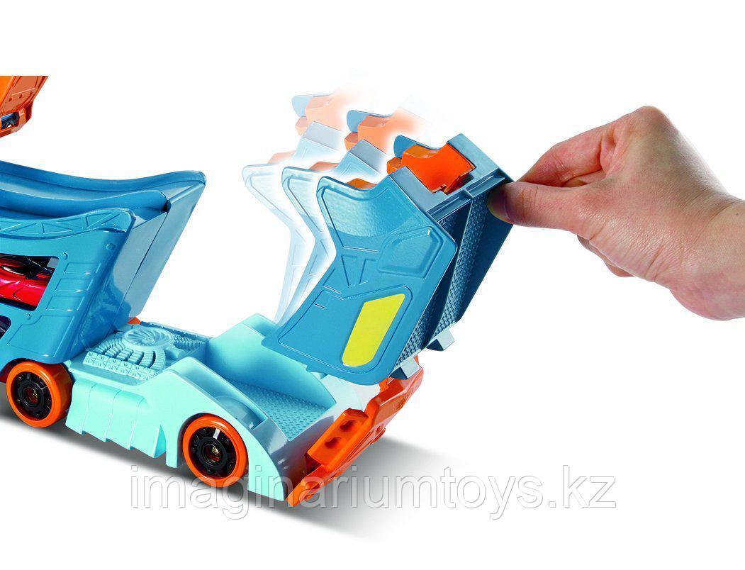 Hot Wheels Автовоз с треком Stunt&Go - фото 5